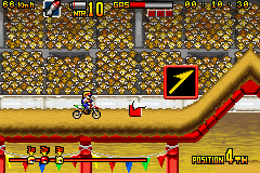 Play Maniac Racers Advance Online